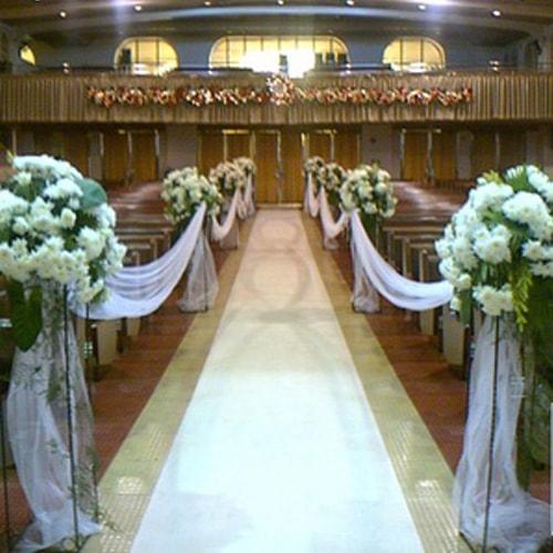 Flower Aisle Wedding: Aisle Floral Arrangement With Pedestal
